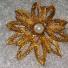 Gold tone electroplated faux pearl flower brooch pin 3D vintage textured