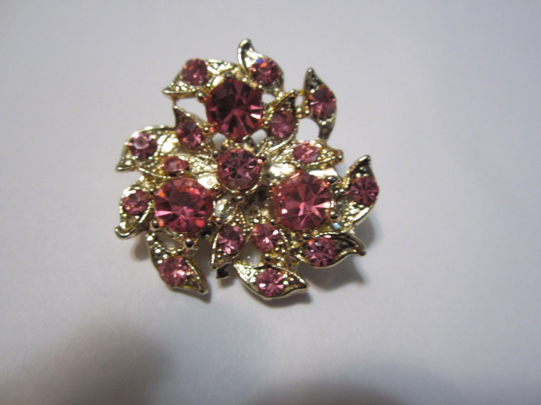 vintage pin brooch hot pink rhinestone flower star burst