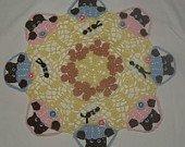 Peeking Bears and Bees Crochet Doily Pattern