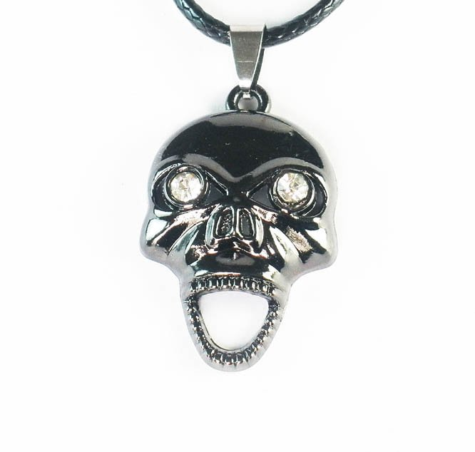 Tungsten Bronze Alloy Plated Skull Pendant EZ063