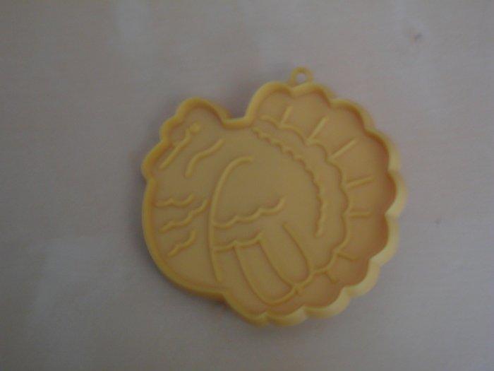 Hallmark Cookie Cutter Small Thanksgiving Turkey Yellow