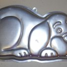 Wilton Cake Pan 2105-2430 Dog Mold Puppy Clifford 1986