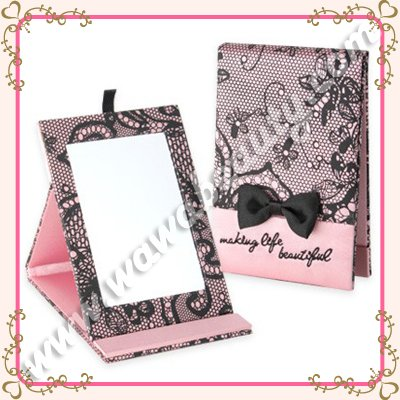 Romantic Lace Compact Mirror, Pink