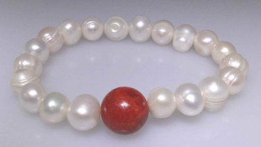Natural freshwater pearl bracelet with a Jasper round bead