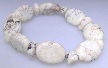 Natural Howlite bead elastic bracelet, brand new