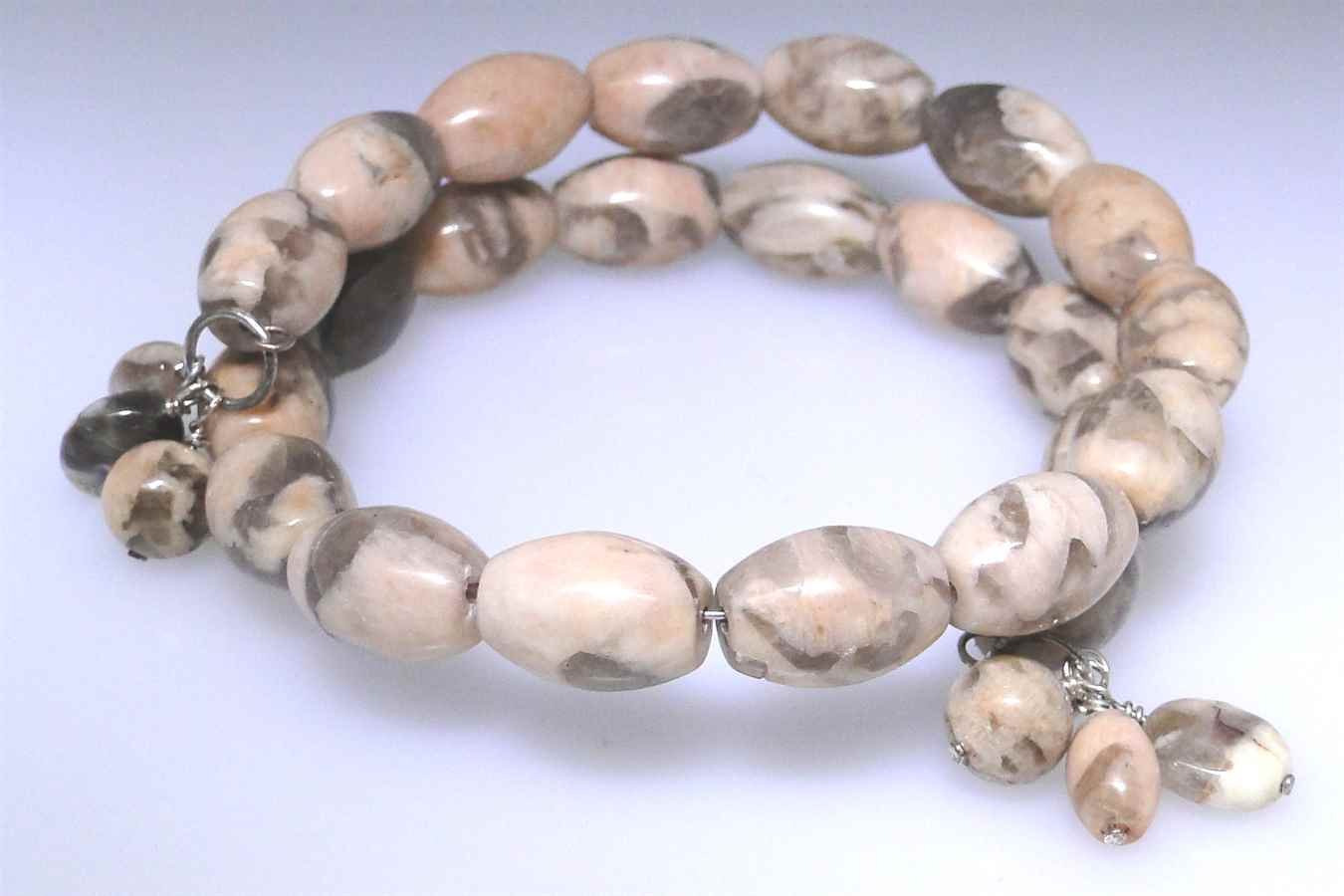 New Agate oval bead coil bracelet, nice color patterns