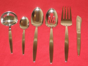Wallace Silversmiths Thema Fine 18/8 Stainless 6PC Hostess set(Rare)New in Box.
