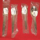 "Wallace Silversmiths ""THEMA"" Fine 18/8 Stainless 4-PC Place set New ."