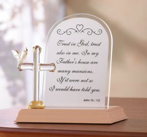 Plate Glass Cross With Prayer