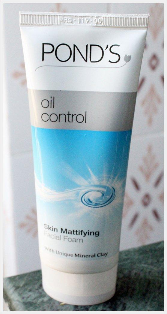 Pond�s Oil Control Skin Mattifying Facial Foam