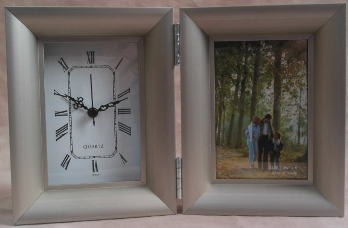 Sonoma Table Clock & Picture Frame