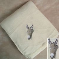Polyester Donkey Head Cream Fleece Throw