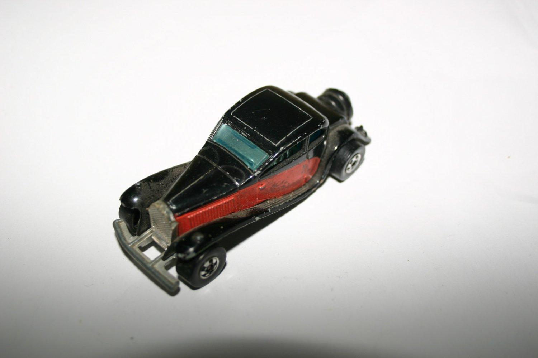 Vintage Collectors Mattel Hot Wheels 1937 Buggatti Diecast Car