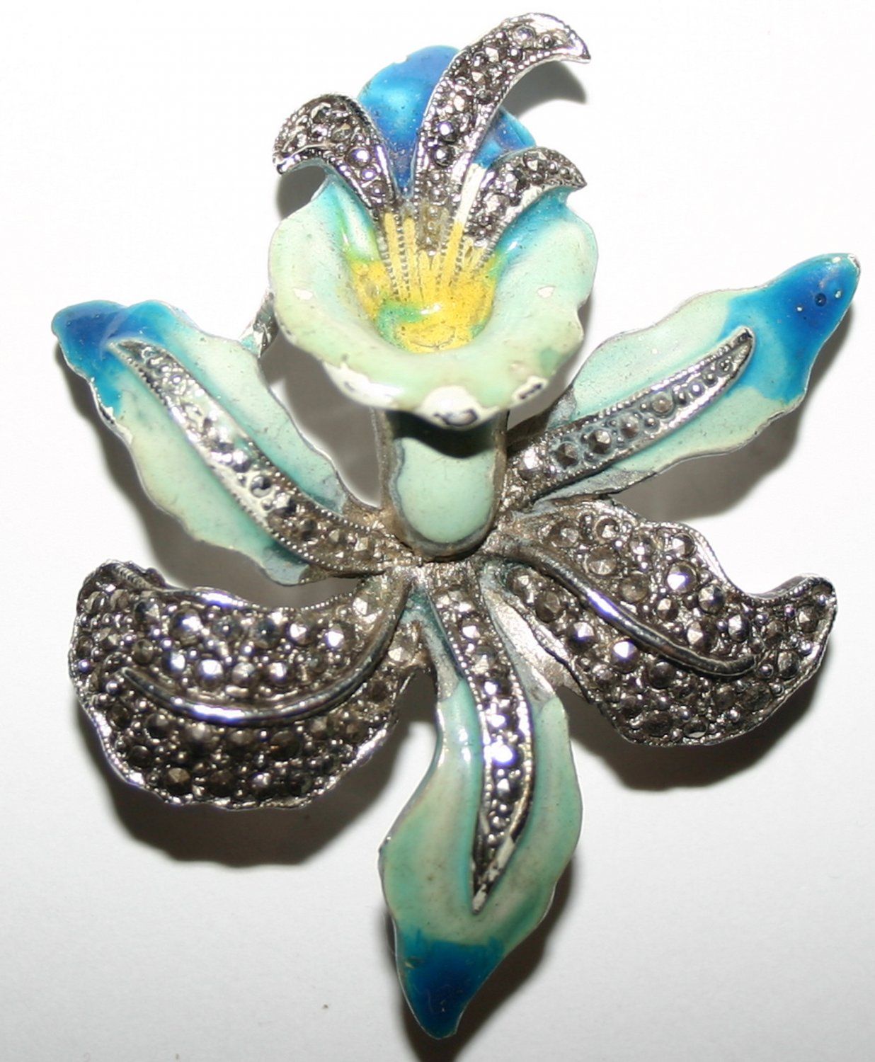 Vintage Sparking Diamond Encrusted Floral Brooch