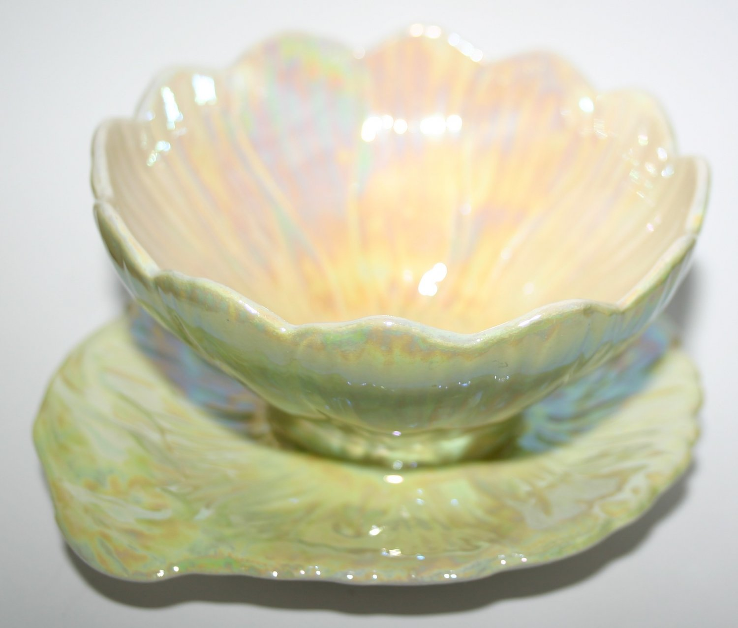Royal Winton Grimwades Opalescent Flower and Leaf Bowl Art Deco Design Pottery