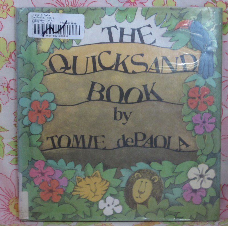 The Quicksand Book - Tomie de Paola - 1977 - Vintage Book