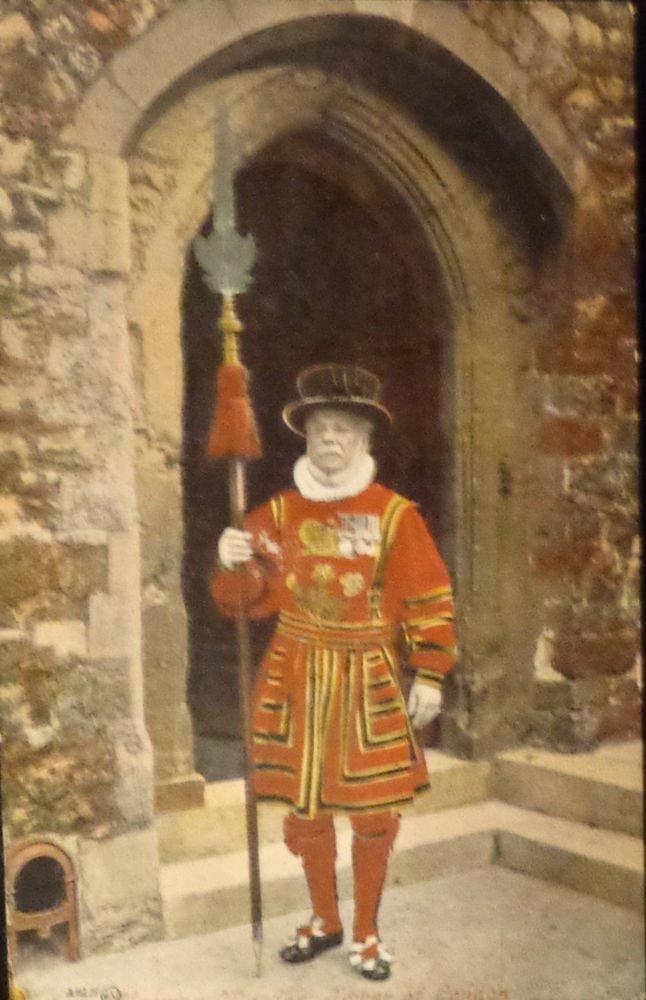 "Vintage Postcard  ""Yeoman Warder, Tower of London"" Used Split Back"