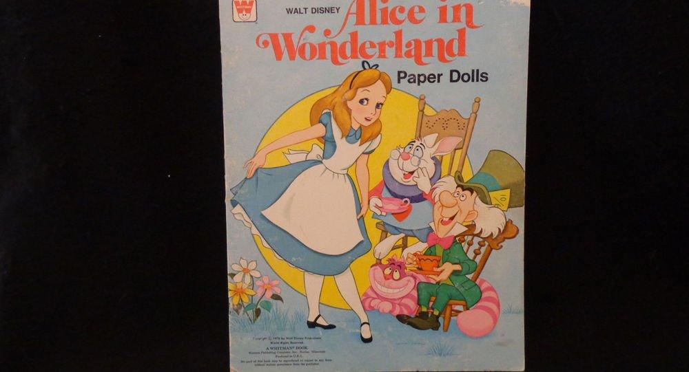 Vintage Uncut Alice in Wonderland Paper Dolls  Walt Disney Whitman 1976 UNCUT