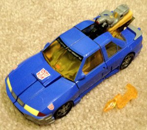 Transformers Armada Sideswipe with Nightbeat Minicon