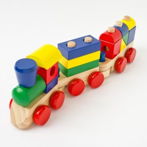 BRAND NEW Melissa & Doug Wooden Stacking Toddler Train Stacking Classic Kid Toy
