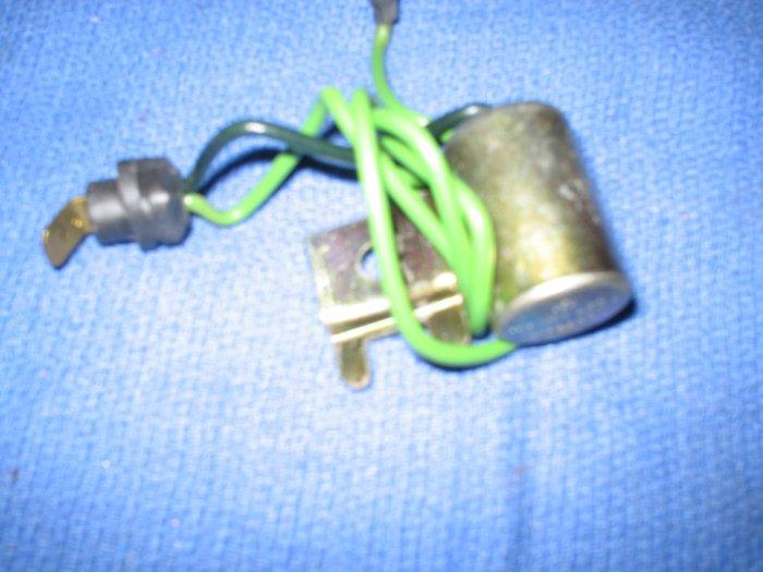 volvo penta  capacitor / condenser  # 243653 new nr 6cy 165 A 170 ABC