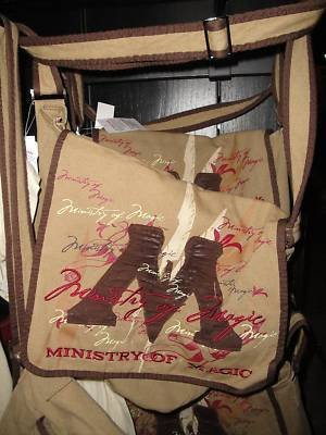 Wizarding World of Harry Potter Ministry of Magic Messenger Bag New Universal