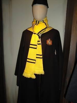 Wizarding World of Harry Potter Costume Hufflepuff Scarf ... | 300 x 400 jpeg 15kB