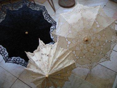 3 Lace-like Pararsols / Umbrellas~Like New *