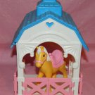 Playskool Plastic Palamino and Barn