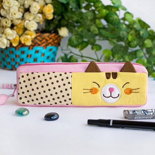 KT-K-201-CAT[Polka Dots Cat] Pencil Pouch Bag / Cosmetic Bag / Carrying Case (7.5*1.9*1.6)