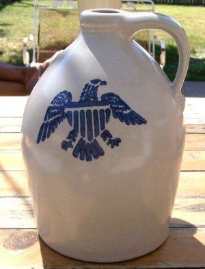 Pfaltzgraff Yorktowne 1 Gallon American Eagle Jug Crock, 9 1/2\