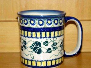 Polish Pottery Coffee Cup Ivy Unikat Boleslawiec Artist Handsigned!