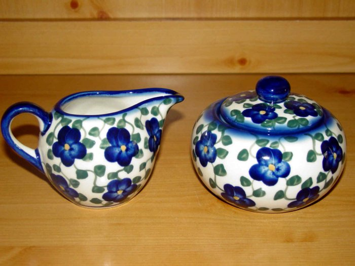 Polish Pottery Sugar and Creamer Signature Violet  WR Unikat Boleslawiec Poland