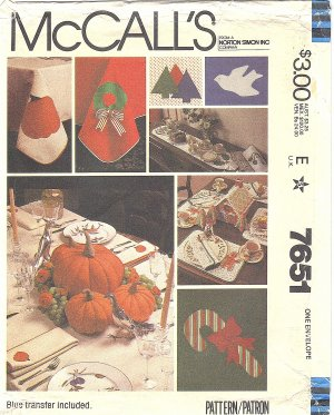 McCalls #7651 Holiday Appliqued Table Linens for Halloween & Christmas FF Pattern