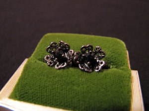 Vintage Antiqued Silver Tone and Black Diamond Rhinestone Flower Pierced Earring