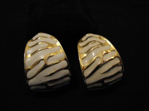 HUGE Vintage Chunky Gold Tone Cream Enamel Zebra Print Clip Earrings