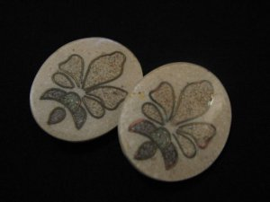 Vintage Faux Marble Lucite Shield Round Clip Earrings