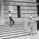 Labor Unions Photo 8X10 Painter on Strike at IRS Building