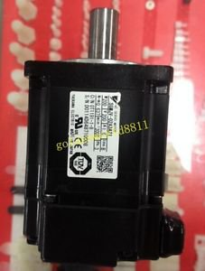 Yaskawa servo motor SGMJV-02A3A21 good in condition for industry use