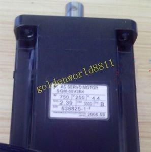 Yaskawa servo motor SGM-08V3B4 good in condition for industry use