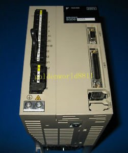 Yaskawa servo driver SGDS-15A05A 1.5KW good in condition for industry use