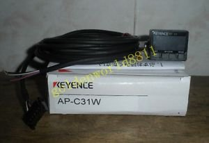NEW KEYENCE Pressure sensor AP-C31W good in condition for industry use