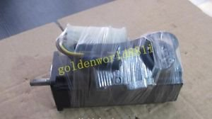 Sanyo servo motor P50B04006DCS00 good in condition for industry use