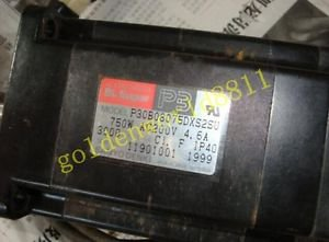 Sanyo servo motor P30B08070DXS2SU good in condition for industry use