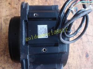 Yaskawa servo motor USADEM-13-NT24 good in condition for industry use