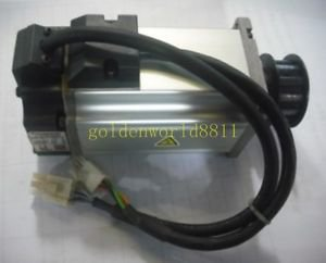 Used Panasonic servo motor MHMD042P1U good in condition for industry use
