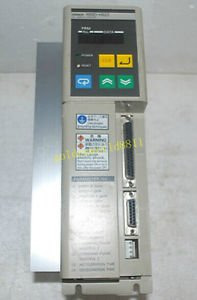 Omron R88D-HS22 Servo Driver good in condition for industry use