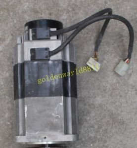 Omron AC Servo Motor R88M-H1K130-B good in condition for industry use