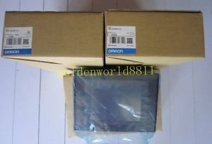 NEW Omron INTERACTIVE DISPLAY NS5-SQ00B-V2 good in condition for industry use