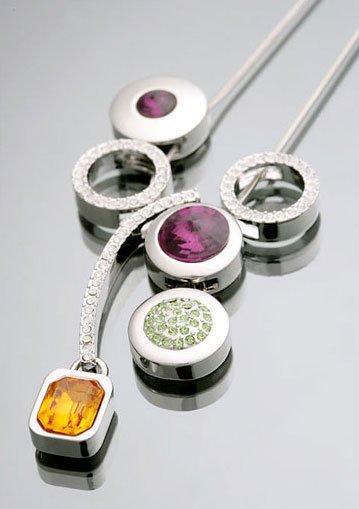 14K White Gold Swarovski Stone Modern Shining Necklace